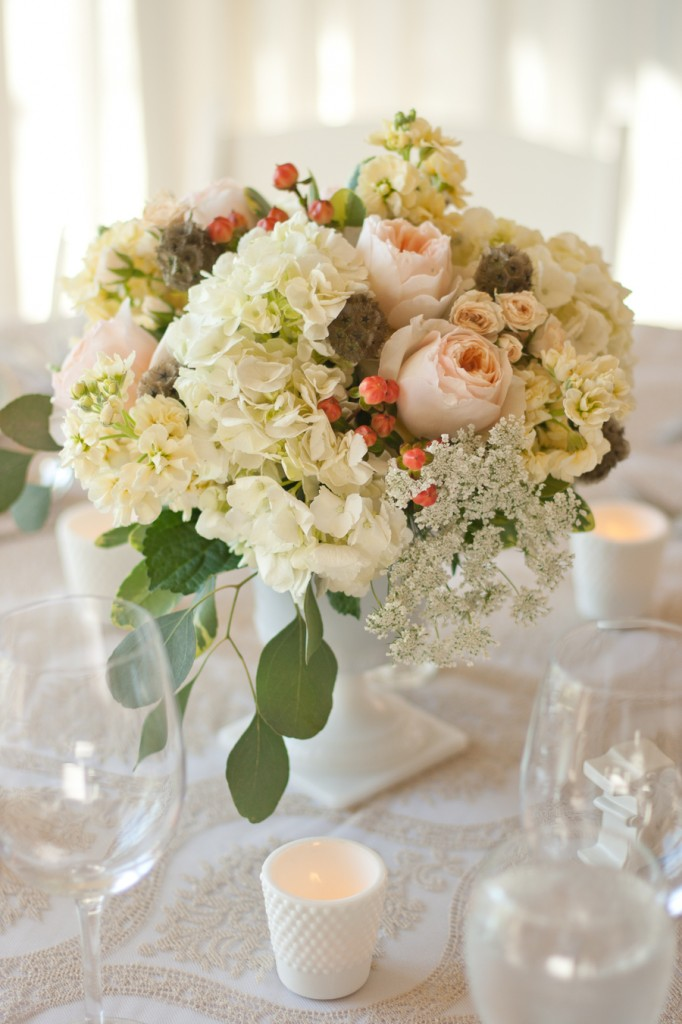 Kelowna Wedding Florals by Classic Creations Photography by Barnett Photography-17